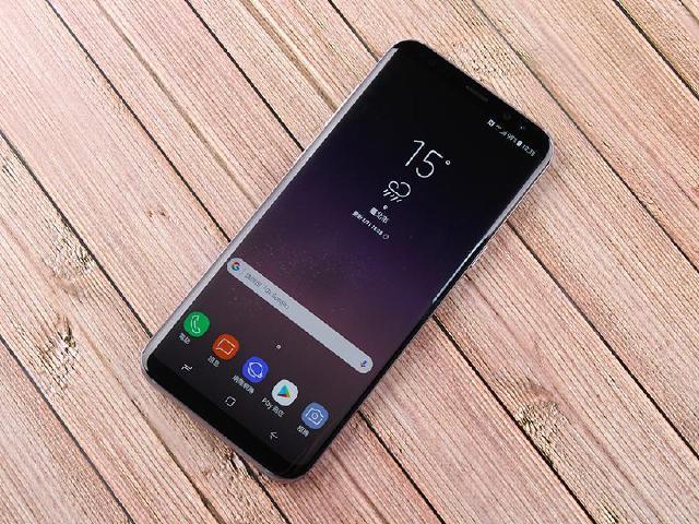 近乎無邊界!SAMSUNG Galaxy S8+薰紫灰實測